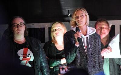 Anja Rubik na proteście przed Sejmem: edukacja seksualna nie jest deprawacją