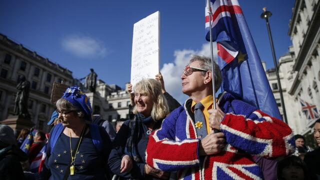 Brytyjscy ministrowie pewni: wyjdziemy z Unii w tym miesiącu
