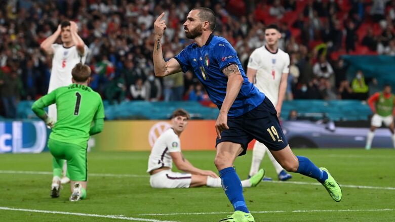 Włosi triumfują, Anglicy płaczą. Karne wyłoniły mistrza Europy