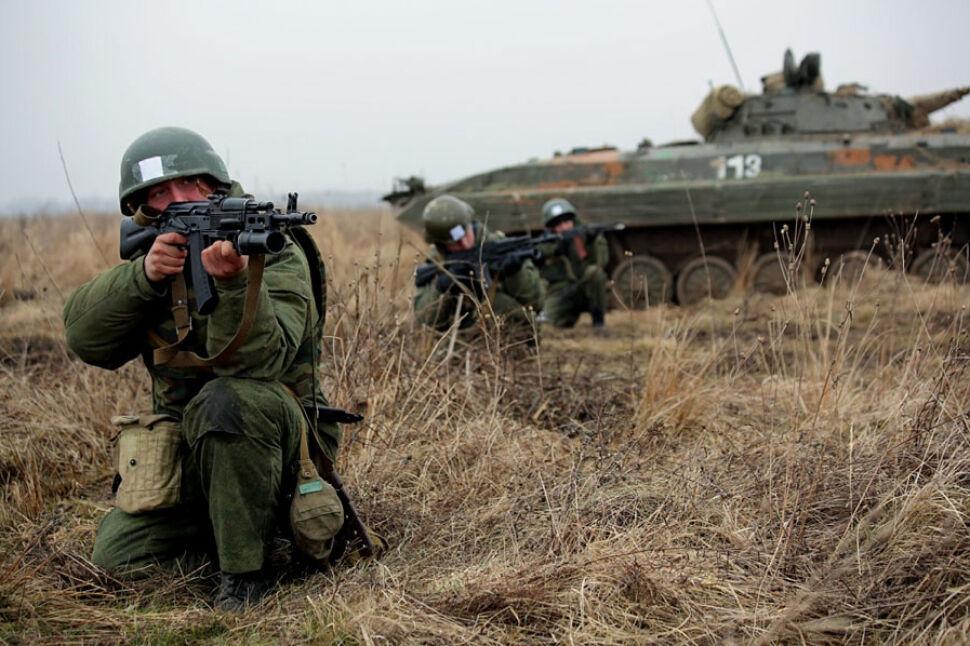 """Najpierw dywersanci, potem armia? """"100 tys. rosyjskich żołnierzy wzdłuż granicy z Ukrainą"""""""