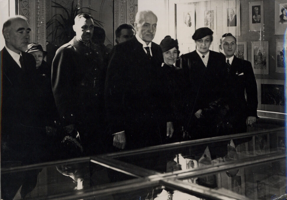 Otwarcie wystawy sienkiewiczowskiej w Pałacu Potockich