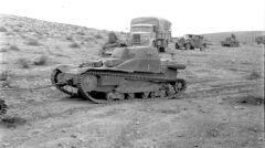 Włoskie wozy L3/33 nie miały szans w starciu z brytyjskimi czołgami Matilda II