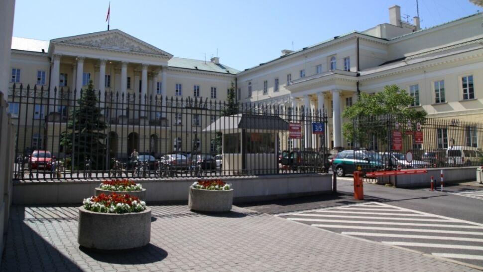 Samorządowcy kontra rząd. Chcą prosić o pomoc prezydenta i Rzecznika Praw Obywatelskich