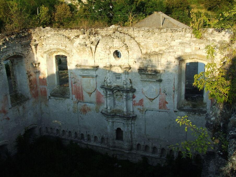 Ruiny synagogi w Raszkowie