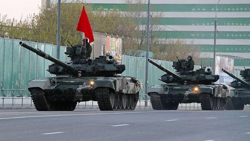 """""""Niezawisimaja Gazieta"""": Moskwa rozmieściła pułk czołgów 30 kilometrów od granicy z Polską"""