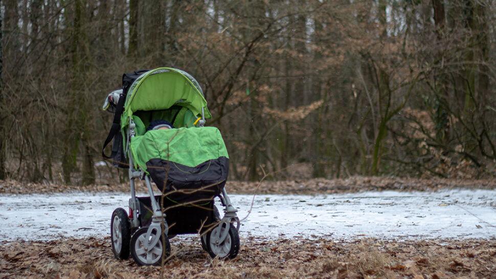 Wyciągnęła z wózka miesięcznego synka i zaczęła go bić. Zarzut: usiłowanie zabójstwa