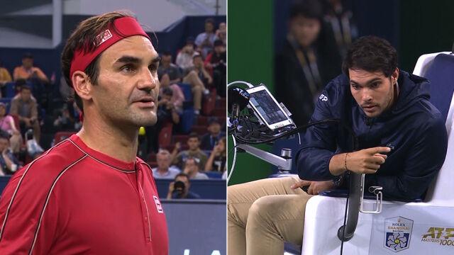 """Federer pokłócił się z sędzią i przegrał. """"Zawsze wychodzę na idiotę"""""""