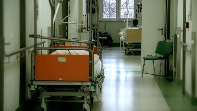 Kolejne zamykane oddziały i szpitalne długi