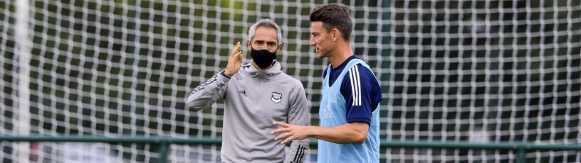 Borek: Lewandowski w kadrze nie może się miotać między obrońcami