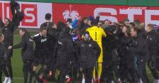 Najważniejsze momenty meczu Holstein Kiel - Bayern w 2. rundzie Pucharu Niemiec