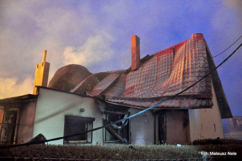 W wysokiej temperaturze topniały nawet dachy