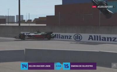 Potężny wypadek w wyścigu simracerów podczas 2. rundy wirtualnej rywalizacji w Formule E