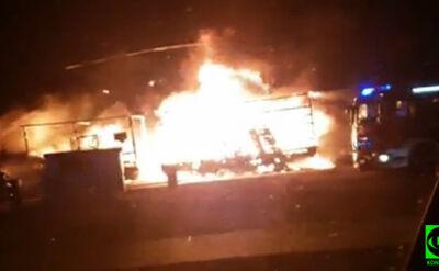 Pożar przy stacji benzynowej. Spłonęła ciężarówka