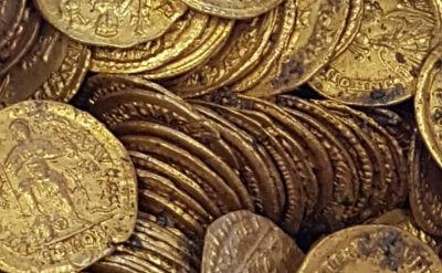 """Monety warte miliony euro znalezione w czasie prac budowlanych. """"Skarb archeologiczny"""""""