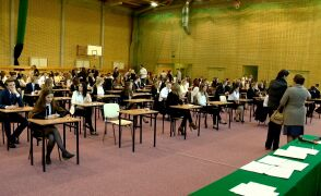 Tegoroczne matury rozpoczynają sięw poniedziałek od egzaminu z języka polskiego