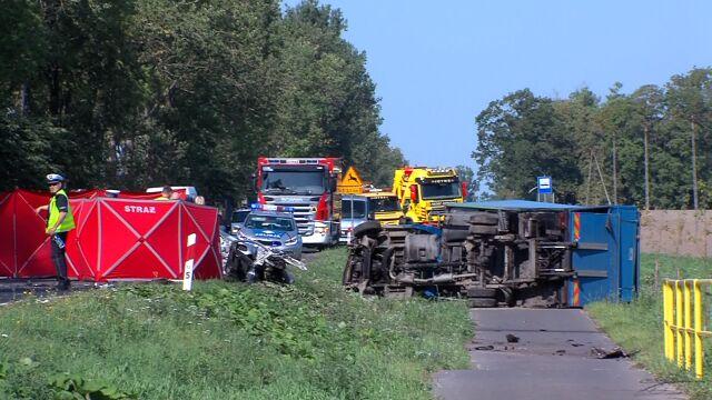 Dwie ofiary śmiertelne wypadku pod Koszalinem. Zderzyły się cztery pojazdy