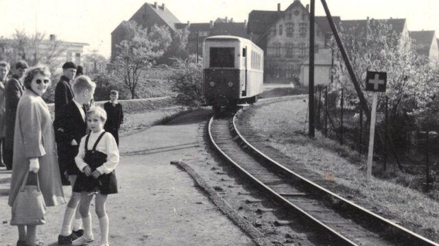 Roland lecący do Trzebnicy.  Historia wrocławskiej wąskotorówki