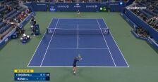 Skrót meczu Krejcikova – McHale w 2. rundzie US Open