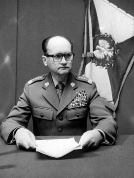 Gen. Wojciech Jaruzelski zmarł w niedzielę po godzinie 15.