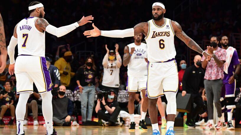 Pierwsza wygrana Los Angeles Lakers w sezonie