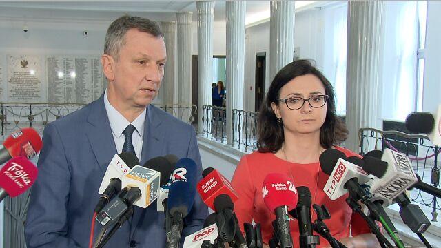 Halicki: Za prezesem podąża sztab ochroniarzy z teczkami. Przecież to nie serniczki
