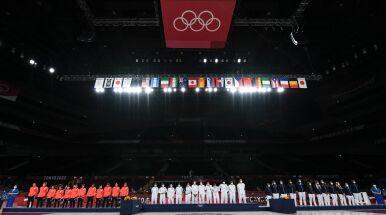 Końcowa klasyfikacja medalowa igrzysk. Zmiana na prowadzeniu niemal w ostatniej chwili