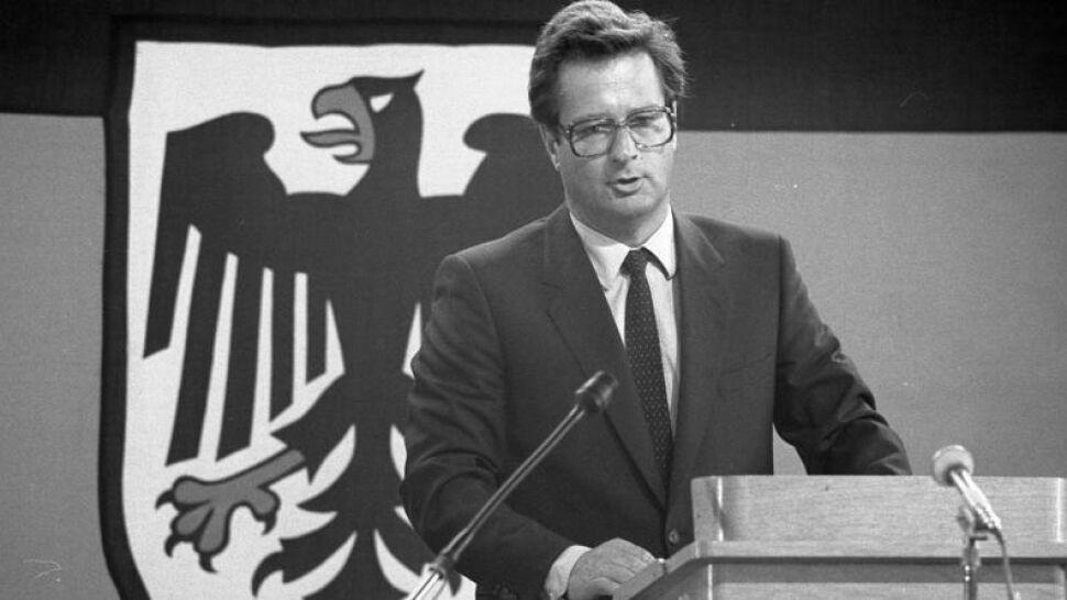 """Zmarł były szef niemieckiej dyplomacji. """"Był szczerym i skromnym człowiekiem"""""""