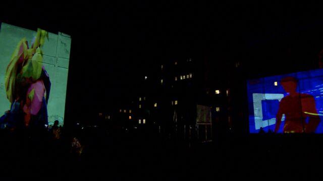 """""""Galeria pod gołym niebem"""". Kinomurale na fasadach wrocławskich kamienic"""