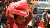 Obóz wspierający dzieci z rodzin poszkodowanych po trzęsieniu ziemi w Katmandu (wideo z 2015 roku)