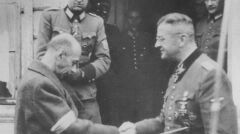 Spotkanie Bacha-Zelewskiego z Komendantem Głównym AK, generałem Tadeuszem Borem-Komorowskim. Ożarów, 4 października 1944