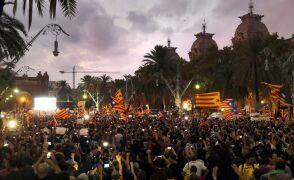 Barcelona po deklaracji Puigdemonta. Relacja reportera TVN24