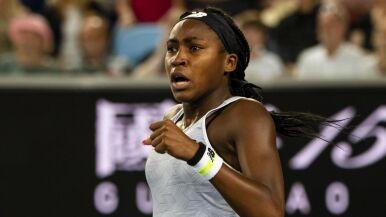 Venus Williams przegrała z młodszą o 24 lata rywalką. Problemów nie miała Serena