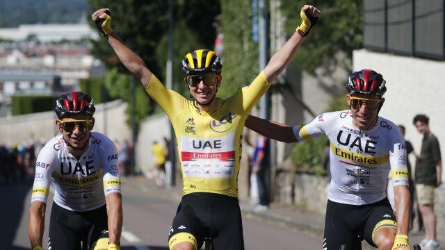 Pogacar ponownie królem Paryża. Sprinterski finisz na Polach Elizejskich