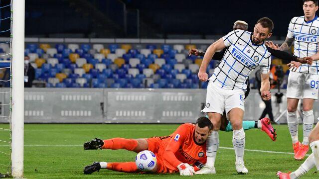 Kuriozalny gol i podział punktów w hicie ligi włoskiej
