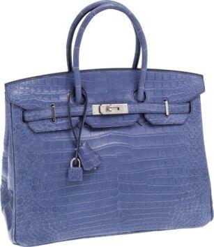 32afbd1998 Matte Brighton Blue Crocodile Porosus Birkin Bag poszła za 113.525 dolarów  (fot. Heritage Auctions). Poprzedni tytuł