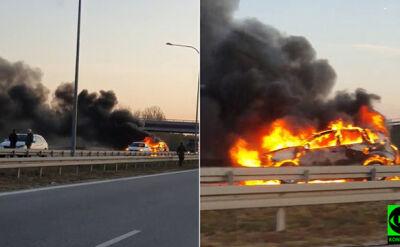 Pożar auta na A2 w miejscowości Nowostawy (Łódzkie)