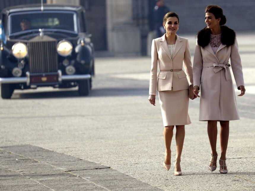 Hiszpańska królowa Letycja Ortiz Rocasolano i argentyńska Pierwsza Dama Juliana Awada