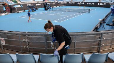 Lockdown uderza w Australian Open. Kibice znikają z trybun w Melbourne