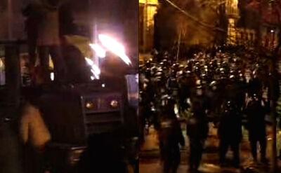 Milicja spycha demonstrantów. Lecą kamienie
