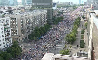Wiceprezydent Warszawy: 50 tys. ludzi na marszu