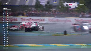Le Mans rozpoczął się z hukiem. Kolizja już na pierwszym zakręcie