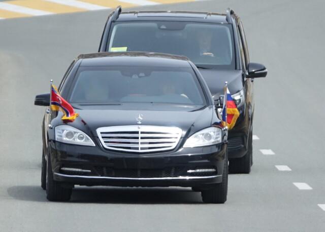 Daimler: nie wiemy, skąd Kim ma nasze mercedesy