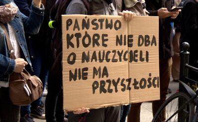 Demonstracja poparcia dla nauczycieli w Łodzi