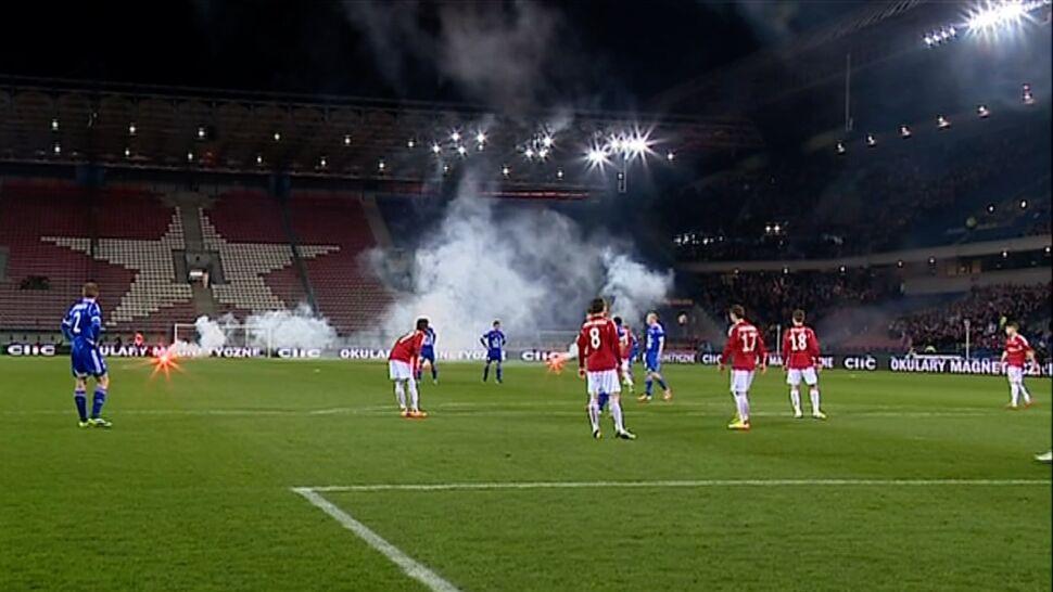 Wstrząsający obraz krakowskiej  piłki nożnej. Politycy chcą interwencji