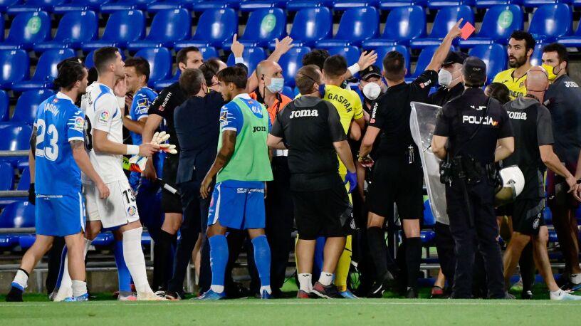 Pięści poszły w ruch, piłkarzy rozdzielała policja