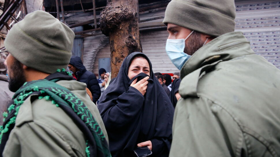"""Na ulicach ginęli ludzie. Prezydent Iranu mówi o """"sukcesie"""" w pokonaniu """"wrogów"""""""