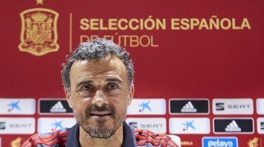 Trener reprezentacji Hiszpanii sam poprosił o obniżenie pensji