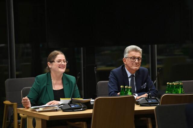 Krystyna Pawłowicz i Stanisław Piotrowicz zarekomendowani do TK. Uzasadnienie przed sejmową komisją