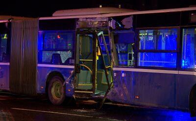Autobus zderzył się z tramwajem. Kilkanaście osób rannych
