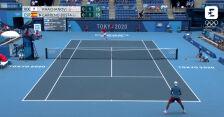Tokio. Skrót meczu Chaczanow – Carreno-Busta w półfinale turnieju tenisowego mężczyzn